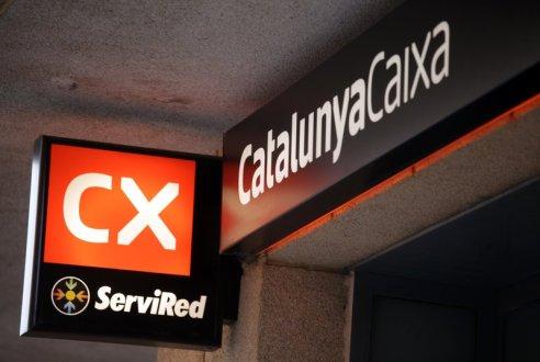 Fotos d'alguna oficina de Catalunya Caixa x  Careto: No   797#Judit Fernandez