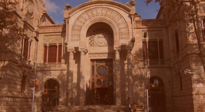 Primera sentencia de la  Audiencia Provincial de Barcelona que condena  por falsedad al Banco Santander por la venta de acciones de BancoPopular